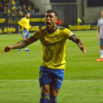 Darwin Machís marcó en empate agónico del Cádiz