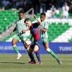 Juanpi Añor anotó su segundo gol en la caída del Huesca