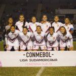"""""""Las chamas"""" dictaron cátedra en la Liga Sudamericana"""