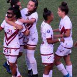 """Las """"chamas"""" brillaron y golearon en debut del Sudamericano Sub20"""