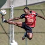 Rómulo Otero seguirá en la plantilla del Atlético Mineiro
