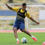 Samuel Sosa se queda un año más en Alcorcón