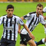 Savarino jugó completo frente al Coritiba