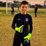 Luis Cruz blinda el arco del Atlético Madrid U-13